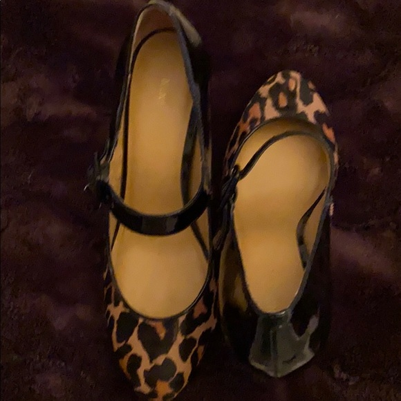 Nine West Leopard calf hair and patent Mary Jane's